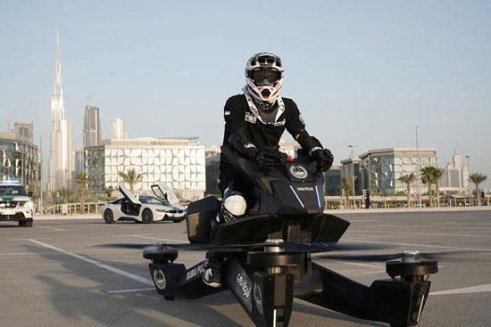 لاکچری بازی پلیس دبی؛ استفاده از پرنده های هاوربایک!