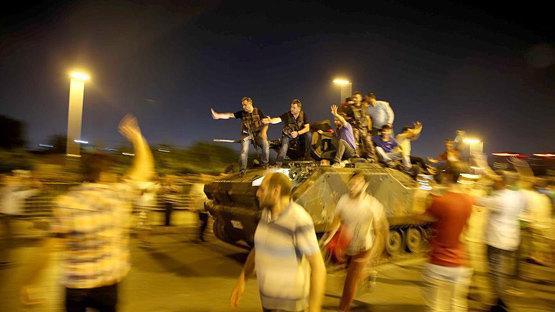 حکم 141 بار حبس ابد برای 17 نظامی ارشد پیشین ترکیه